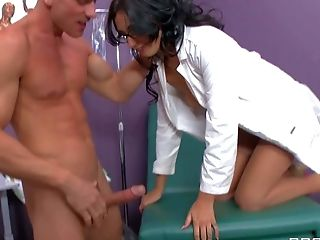 Dirty And Horny Doc Johnny Sins Gets A Arm From