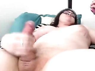 Chunky Trap With Big Tits Pleasing Herself