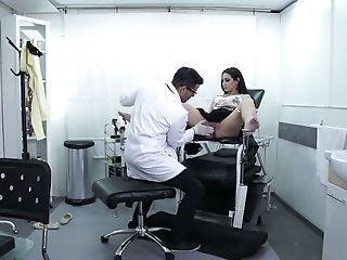 Amazing Bootyful Patient Lucia Nieto Gets Poked From Behind By Doc