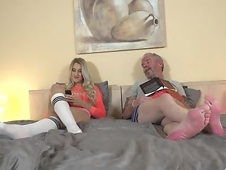 Sexy Diane Chrystall Throating A Friend's Dick Before Hard Fuckfest