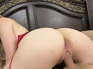 Riley Reynolds Has A Solid Assets And She Loves Getting Fucked From Behind