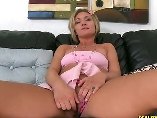 Paramour's Finger Slices Holly Marie Bryn Vaginal Lips In To