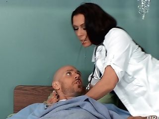 Flick Of A Lucky Patient Getting His Dick Pleasured By Four Doctors