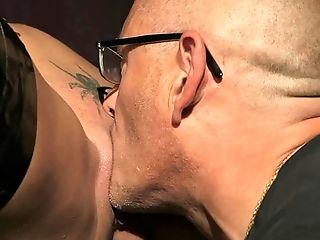 Blonde Can't Stop Sucking In Insane Oral Act With Hard Cocked Stud